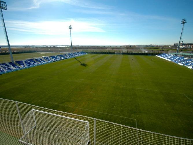 PINATAR综合足球中心
